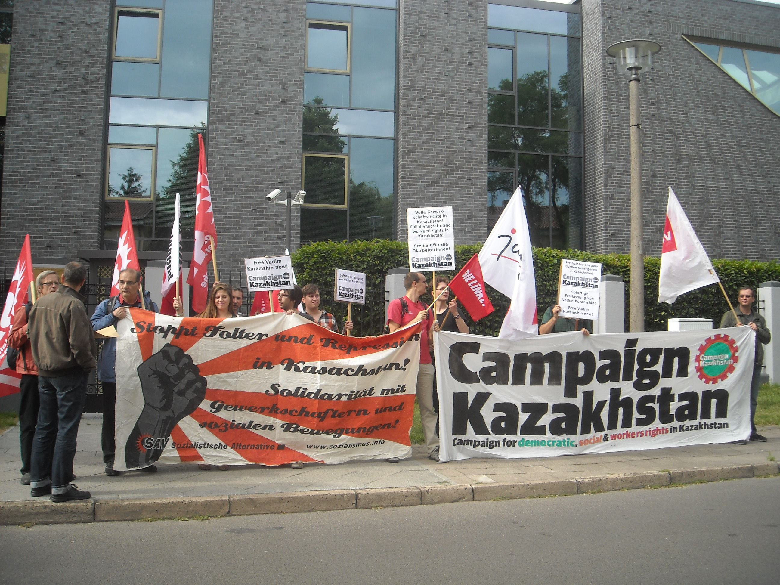 Protest against repression in West Kazakhstan in front of kazakh embassy in Berlin, Germany